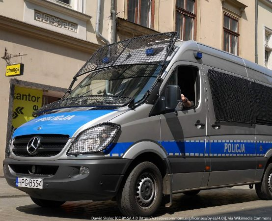 Policja Grudziądz: Wezwali służby ratownicze dla żartu, teraz odpowiedzą za to przed sądem