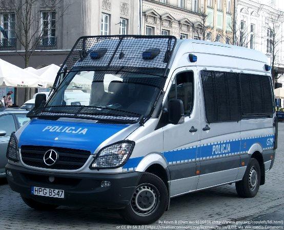Policja Grudziądz: Policjanci ratowali kobietę, która nagle zasłabła