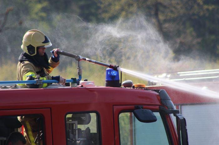 KMPSP Grudziądz:  Plama oleju na Wiśle